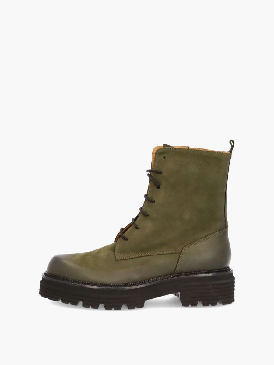 Stiefel forest